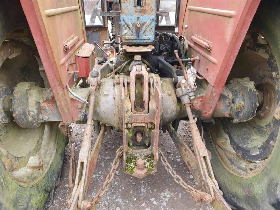 standaard tractor landbouw Massey Ferguson 188 1985