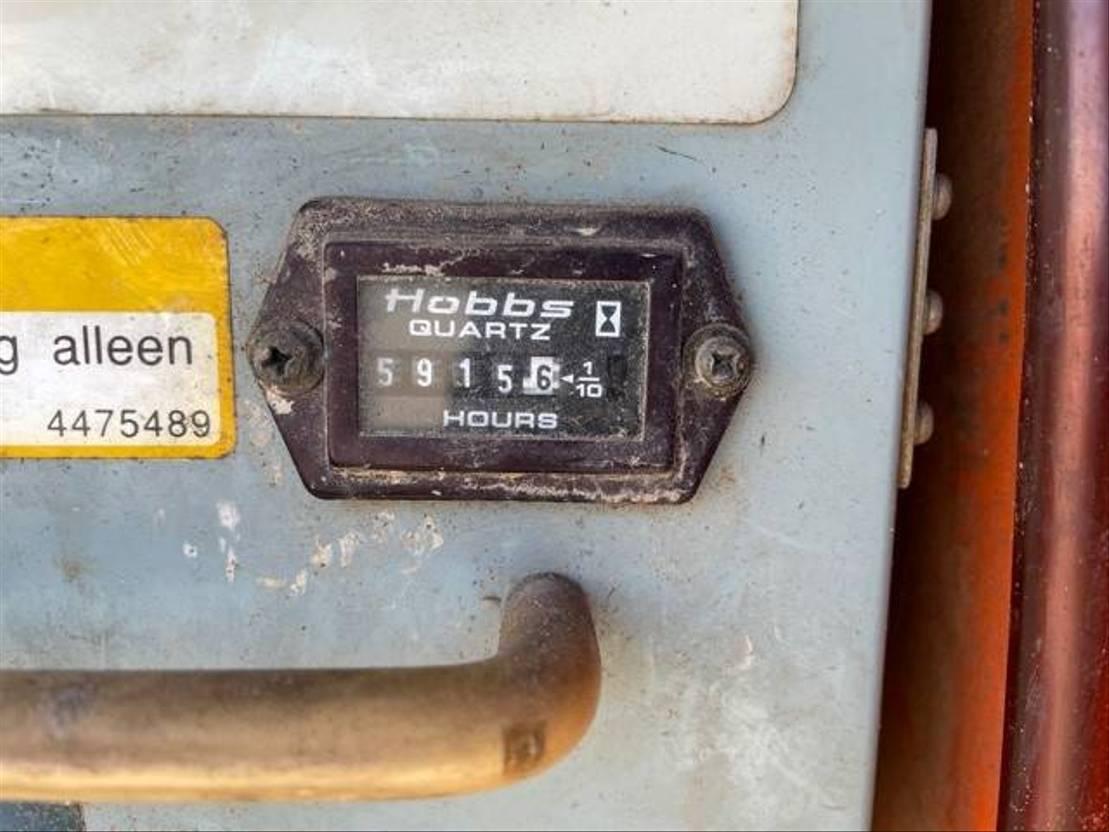 telescoophoogwerker rups Hitachi HX 140 B 2002