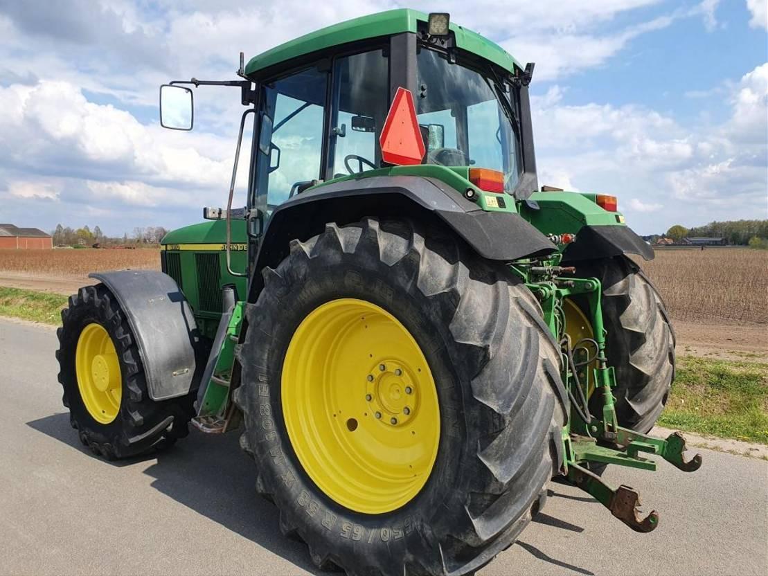 standaard tractor landbouw John Deere 6910 2001