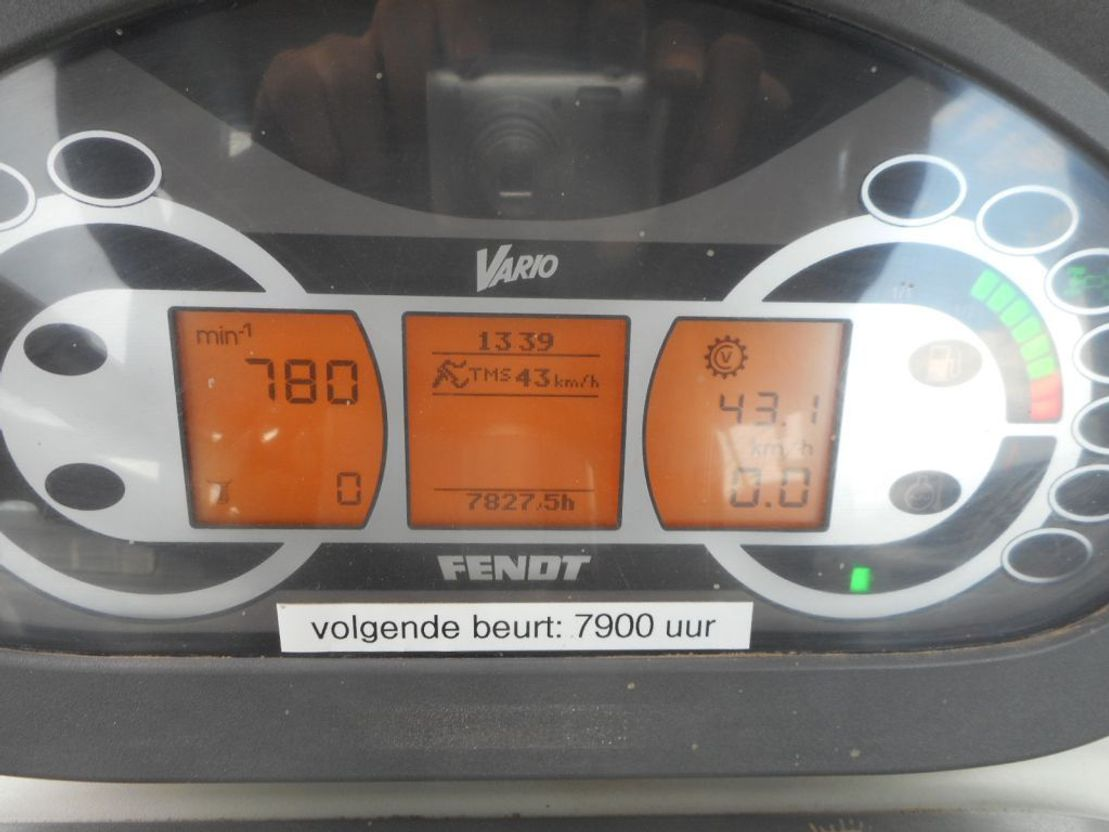 standaard tractor landbouw Fendt 311 VARIO 2010