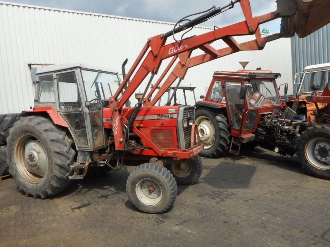 standaard tractor landbouw Massey Ferguson 399 1990