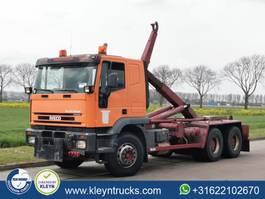 containersysteem vrachtwagen Iveco 260E38 EUROTRAKKER 6x4 full steel 2002
