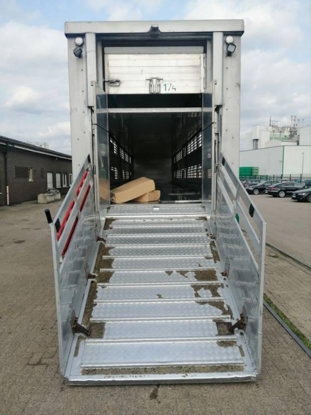 vee oplegger Stehmann Viehtransporter, 3 Stock 2012