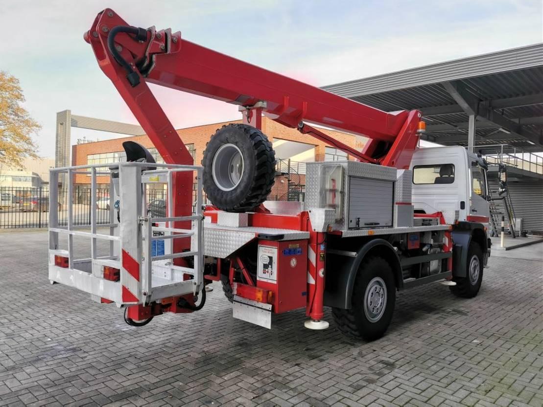 autohoogwerker vrachtwagen Mercedes-Benz Atego 1024 4x4 Wumag WT 230 23 Meter! 2008