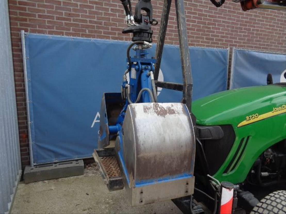 standaard tractor landbouw John Deere 3720 2014