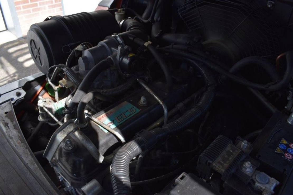 vorkheftruck Toyota 02-8FGF25 2010