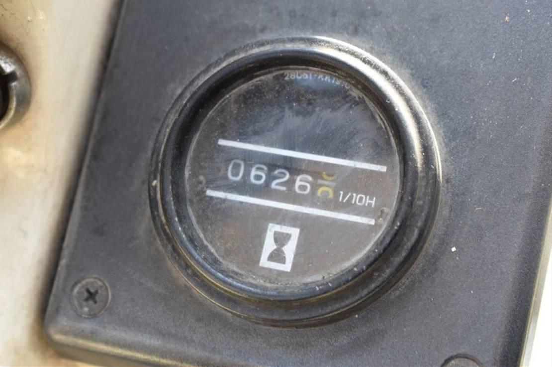 vorkheftruck Nissan PH01A14U 2000