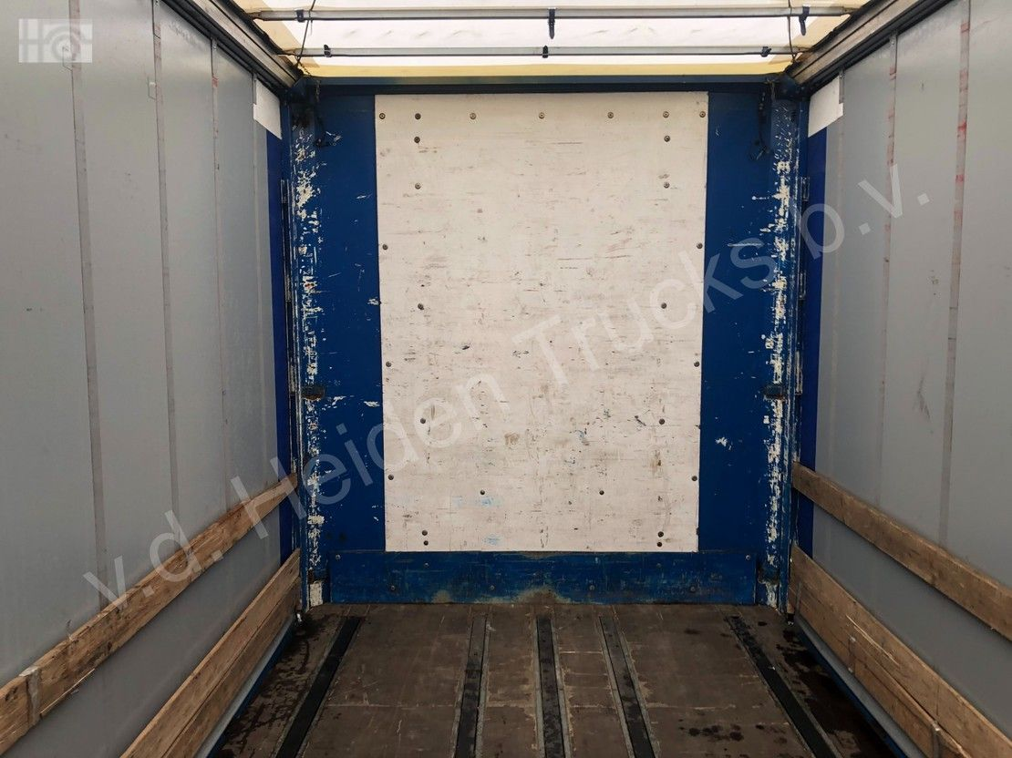 schuifzeil oplegger Pacton T3-001 | 1360x249x273 | 3x SAF 2005