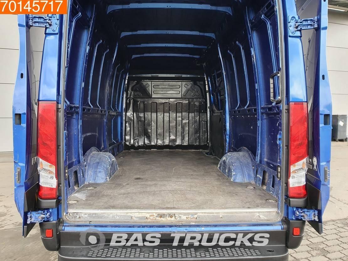 gesloten bestelwagen Iveco Daily 35 S17 3.0 Automaat Camera Navi Trekhaak 12m3 A/C Towbar Cruise control 2016