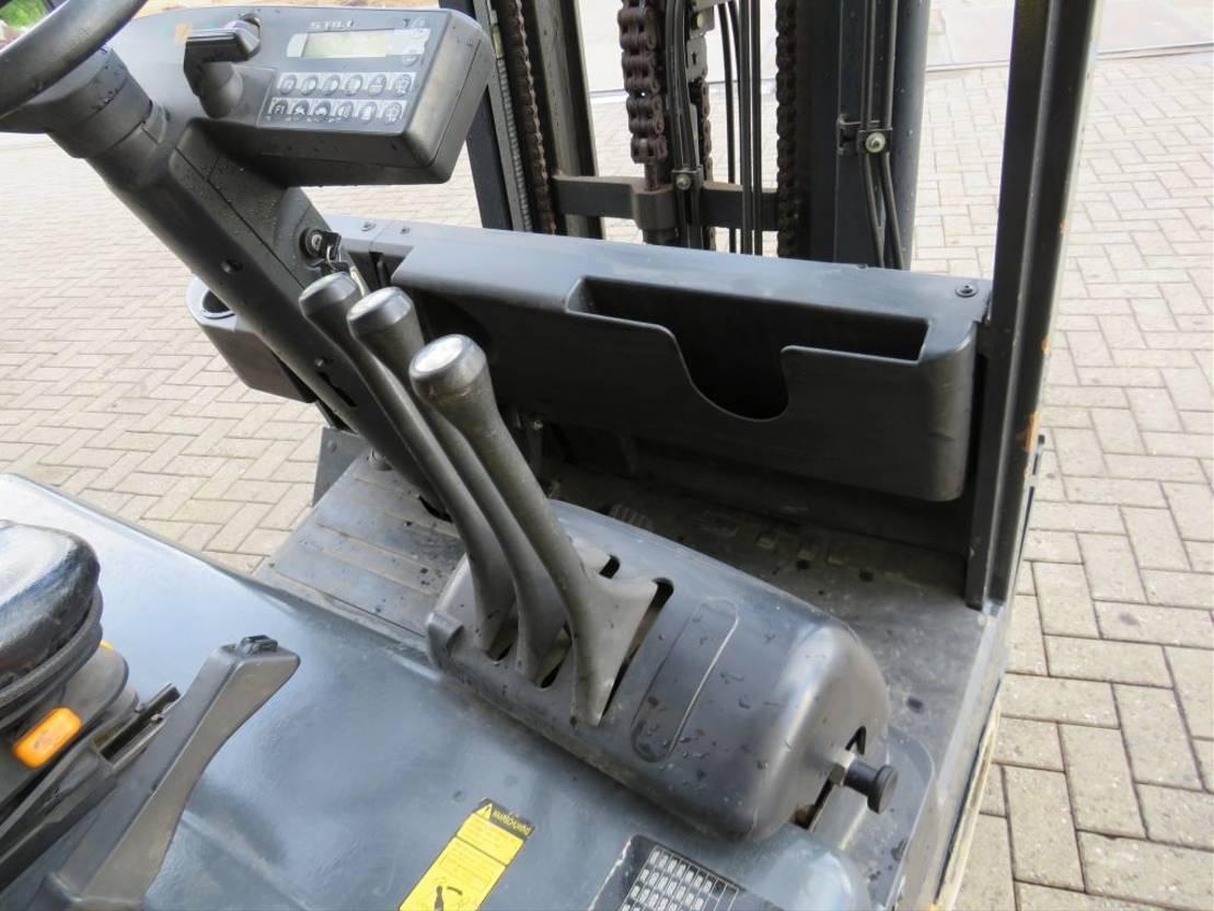 vorkheftruck Still r60 18n heftruck elektrische met 3 deligemast en sidesift 2856 draaiuuren