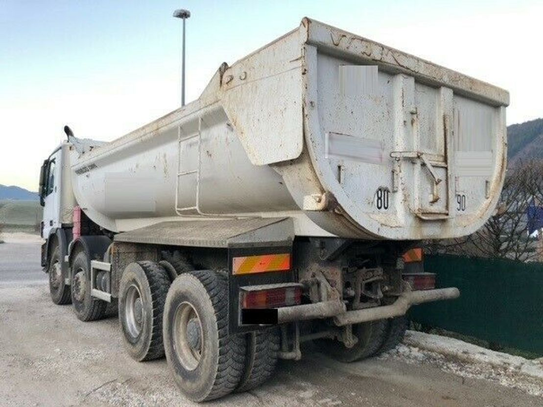 kipper vrachtwagen > 7.5 t Mercedes-Benz Actros 4144 - RETARDER - 10 NEUE REIFEN 2010