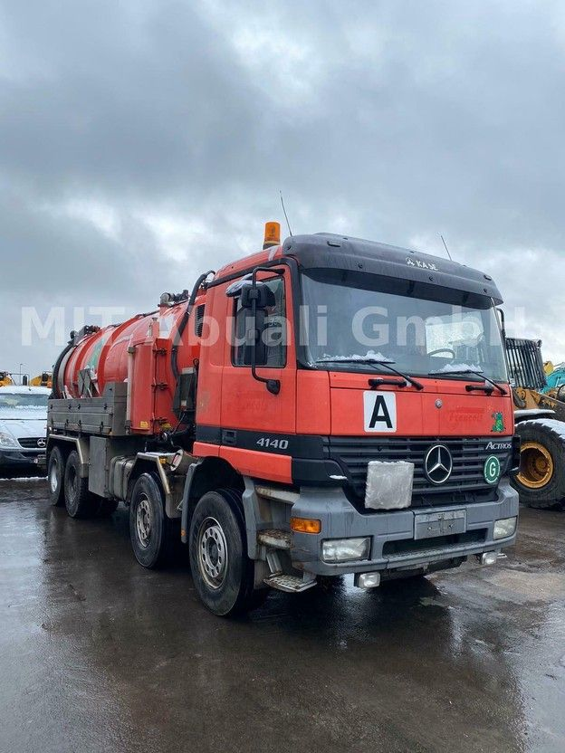 kolkenzuiger vrachtwagen Mercedes-Benz Actros 4140 / KAISER Saugaufbau KWP1600 2001