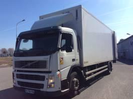 koelwagen vrachtwagen Volvo FM9 4x2 2003