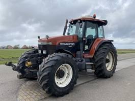 standaard tractor landbouw New Holland G190 1995