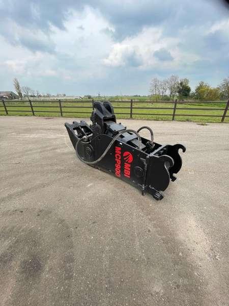 Mantovanibenne - MCP900 and MCP1000 fixed crusher 3