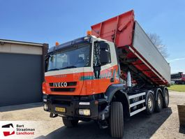 containersysteem vrachtwagen Iveco AD380T41W 8x6 met kabelcontainersysteem 2012