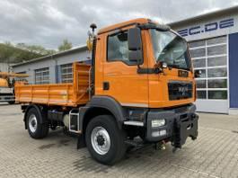 kipper vrachtwagen > 7.5 t MAN TGM 13.250 4x4 Euro 5 Dreiseitenkipper Winterd. 2011