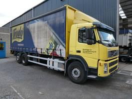 schuifzeil vrachtwagen Volvo FM9 6x2 2004