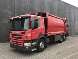 vuilniswagen vrachtwagen Scania P 320LB6X2*4 Refuse Collector 2012