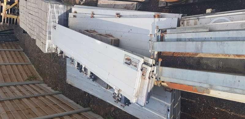 Diversen - Aluminium side boards 2