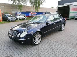 sedan auto Mercedes-Benz E-klasse 200 CDI Eleganc, Automatik, Euro4, Klima, Navi 2005