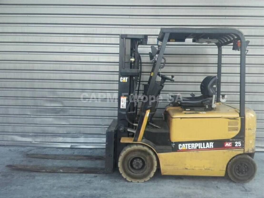 vorkheftruck Caterpillar EP25K-PAC 2005