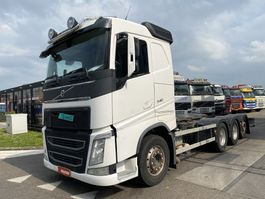 chassis cabine vrachtwagen Volvo FH 540 8X4 + ADR 2013