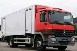 koelwagen vrachtwagen Mercedes-Benz Actros 1832 Kühlkoffer Retarder LBW Kamera E5 2006