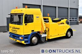 takelwagen-bergingswagen-vrachtwagen DAF 95 330 ATI 4x2   BERGINGSTRUCK * KRAAN / LEPEL / LIER * APK 05-2022 1988