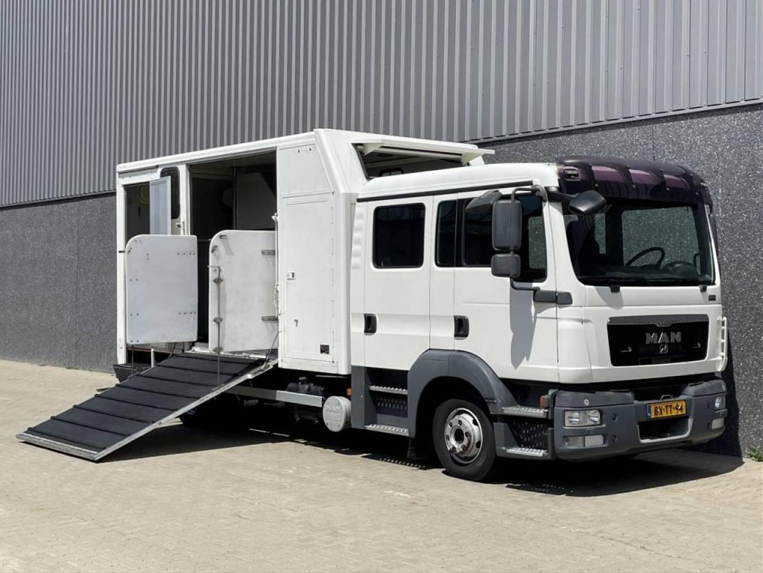 paardenvrachtwagen MAN TGL 8-180 / Paardenwagen / Only 97.298 km / Ex Overheid / Euro5 EEV / NL Truck 2010