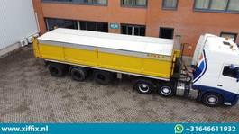 kipper oplegger Floor Multifunctionele wegenbouw kipper // 2x gestuurd 2002