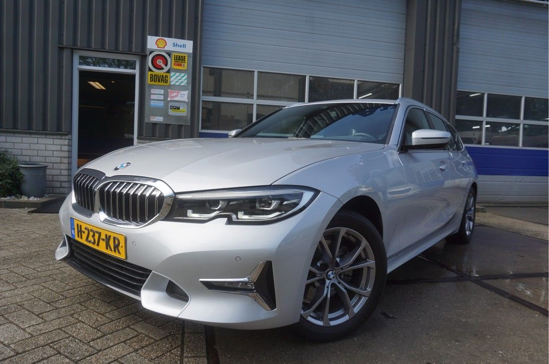stationwagen BMW Touring 320i Automaat High Executive Edition * Leder * Virtual Cockpit * 2020