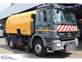 Veegmachine vrachtwagen Mercedes-Benz Actros 1832 Euro 5, Bucher Optifant 70, 2008