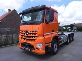 containersysteem vrachtwagen Mercedes-Benz Arocs tridem met containersysteem 2014
