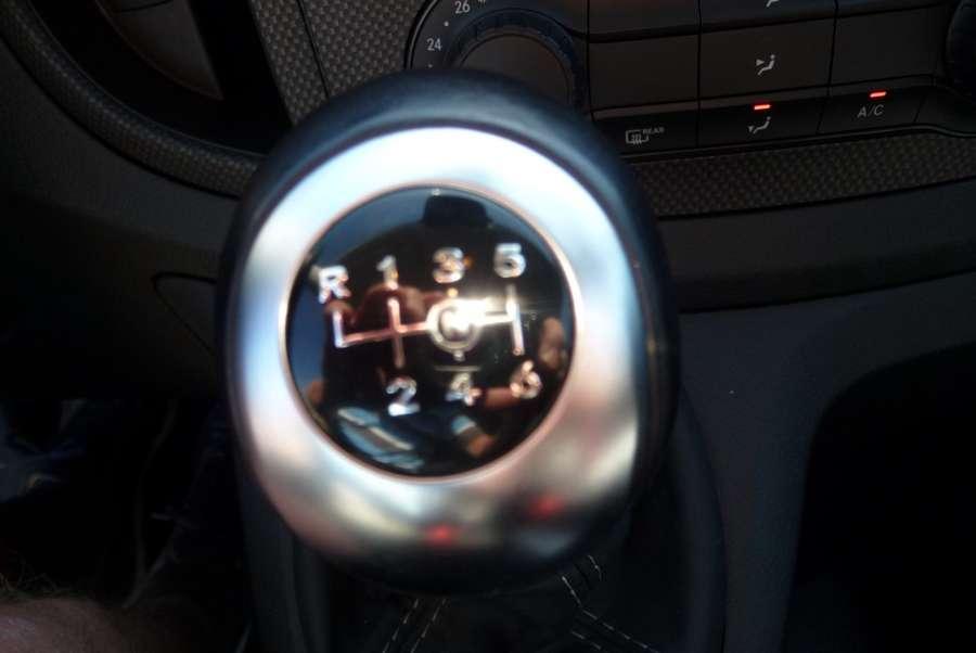 Mercedes-Benz - 111 CDI L2 dubb cab Comf. 5 zits 15.000 km !!!! 6