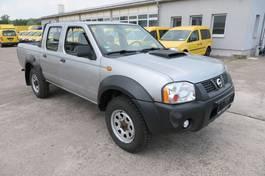 platform bedrijfswagen Nissan NP 300 2.5 dCi Double Cab 4x4 DoKa AHK Pickup LK 2009