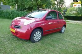 hatchback auto Nissan 1.2 Visia 2003
