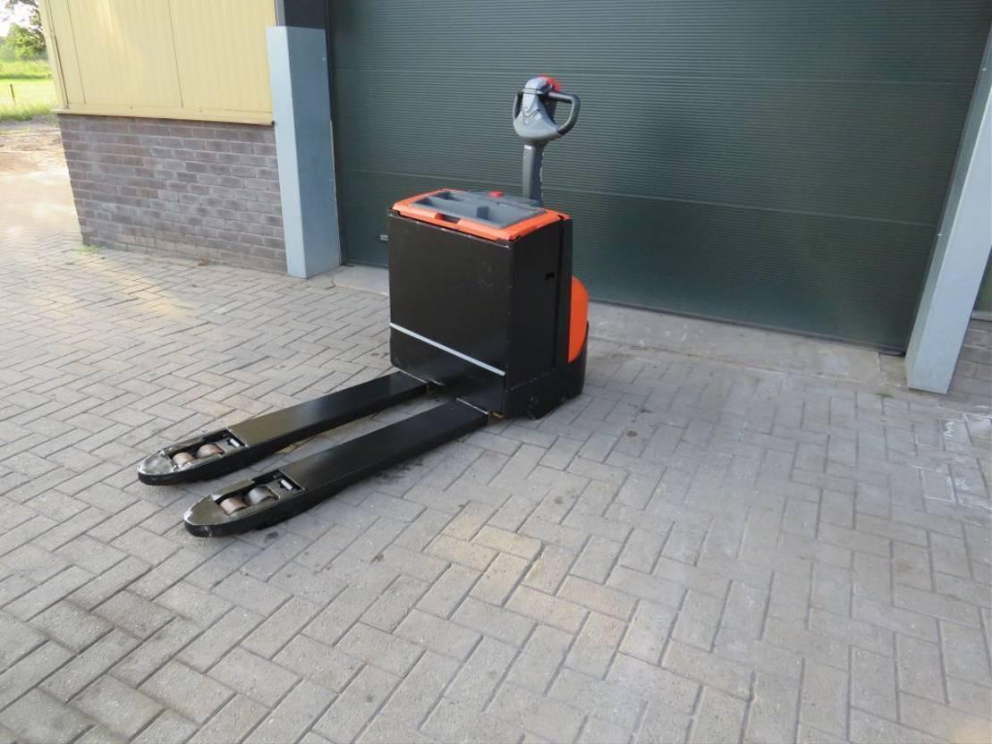 vorkheftruck BT paletwagen elektrische goed werkend 2016