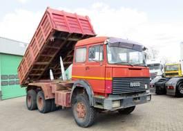 kipper vrachtwagen > 7.5 t Iveco Turbostar 350  6x4,   Steel Dumper,  Big AXELS, 10 tyres 1981