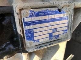 Versnellingsbak vrachtwagen onderdeel ZF ZF 16 S 2221