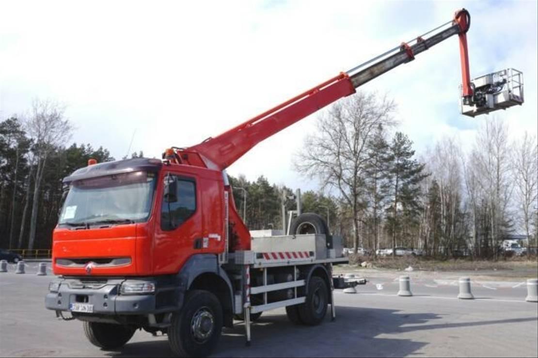 autohoogwerker vrachtwagen Renault 4x4 LIFT MULTITEL 23 M Arbeitsbühne . 2006