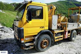 overige bouwmachine Scania 82 w / anolite build & crane 1996