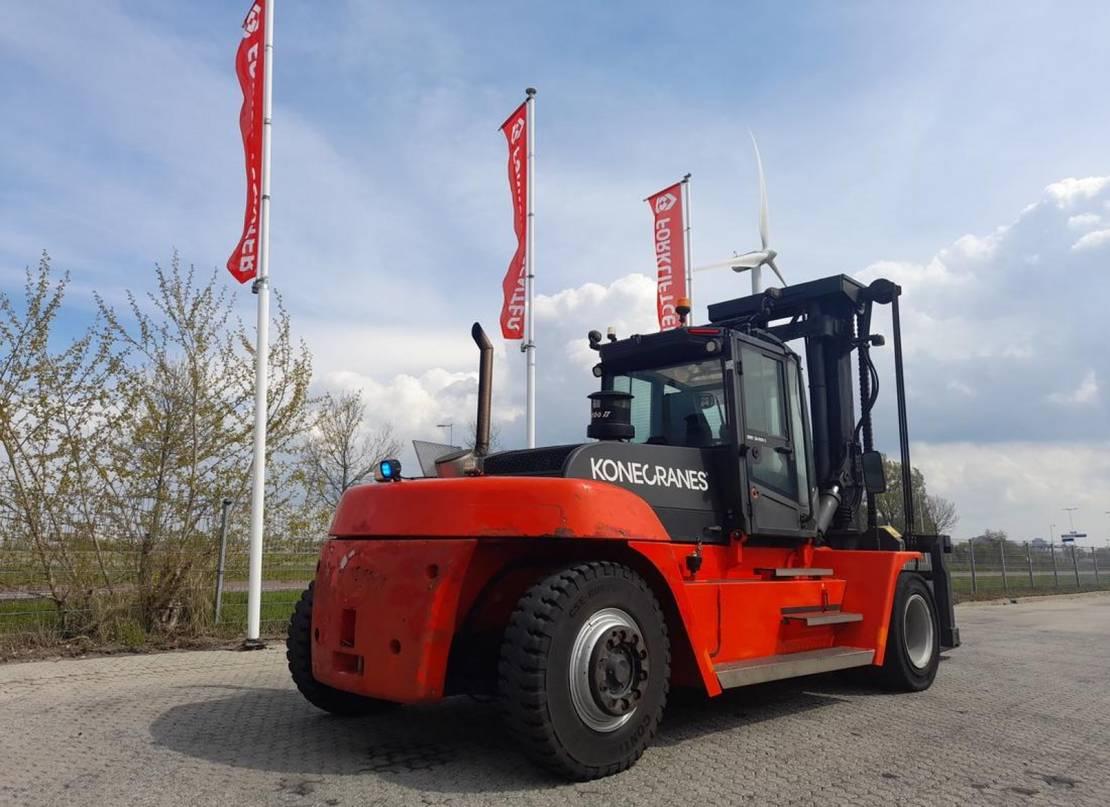 vorkheftruck SMV 18-900 c 4 whl counterbalanced forklift >10t 2015