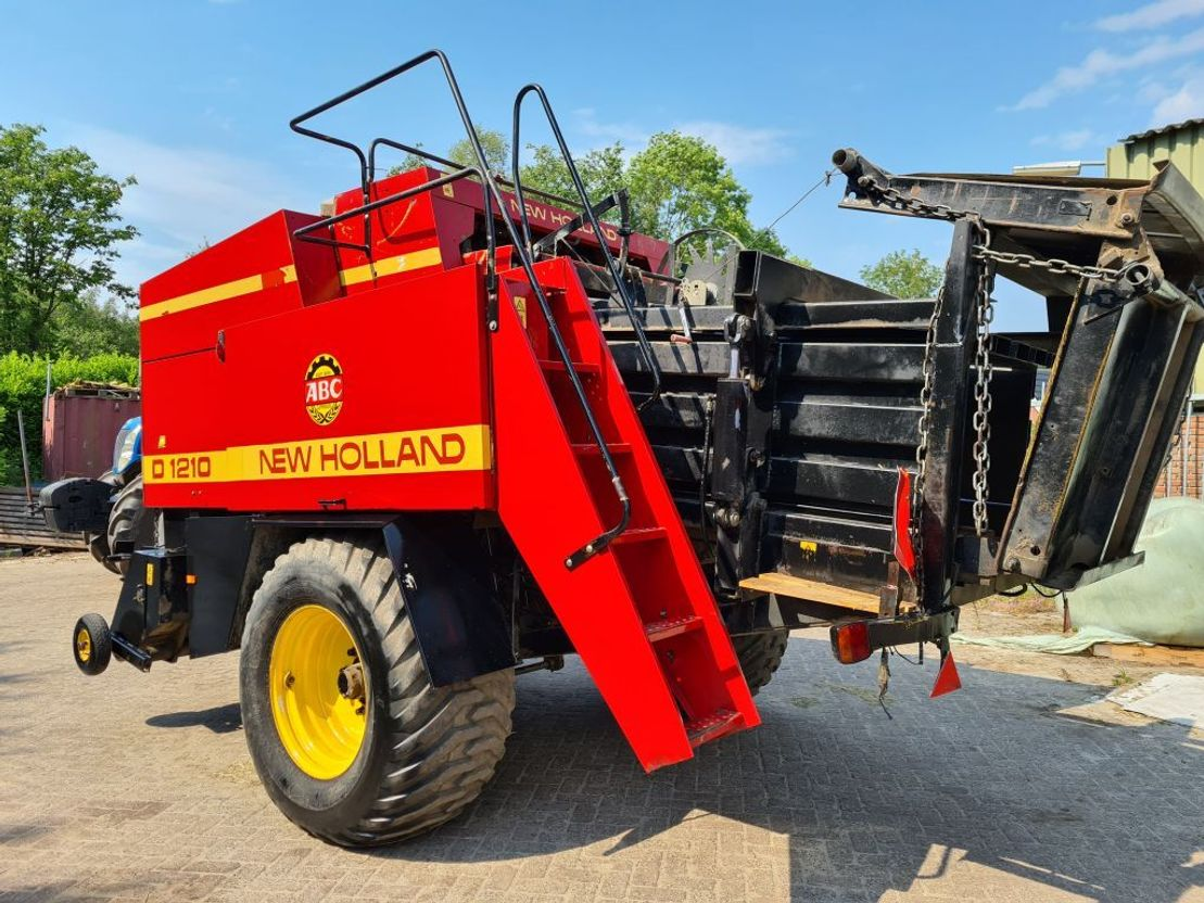 overige oogstmachines New Holland D 1210 1995