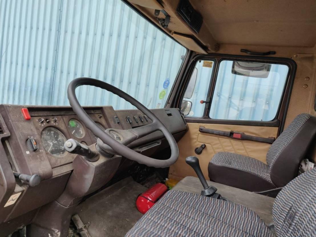 paardenvrachtwagen Mercedes-Benz 809 ( 814 , 1114 )