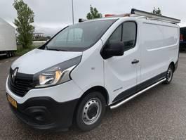 gesloten bestelwagen Renault Airco Navi Cruisecontrol 2017