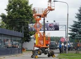autohoogwerker vrachtwagen LAMA Rail Platform Schienen TWO WAY GEISMAR 2000