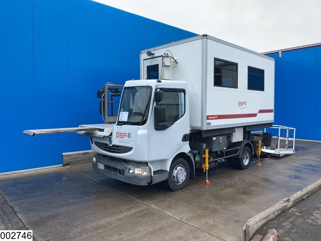 autohoogwerker vrachtwagen Renault 160 Airplane catering supply vehicle 2008