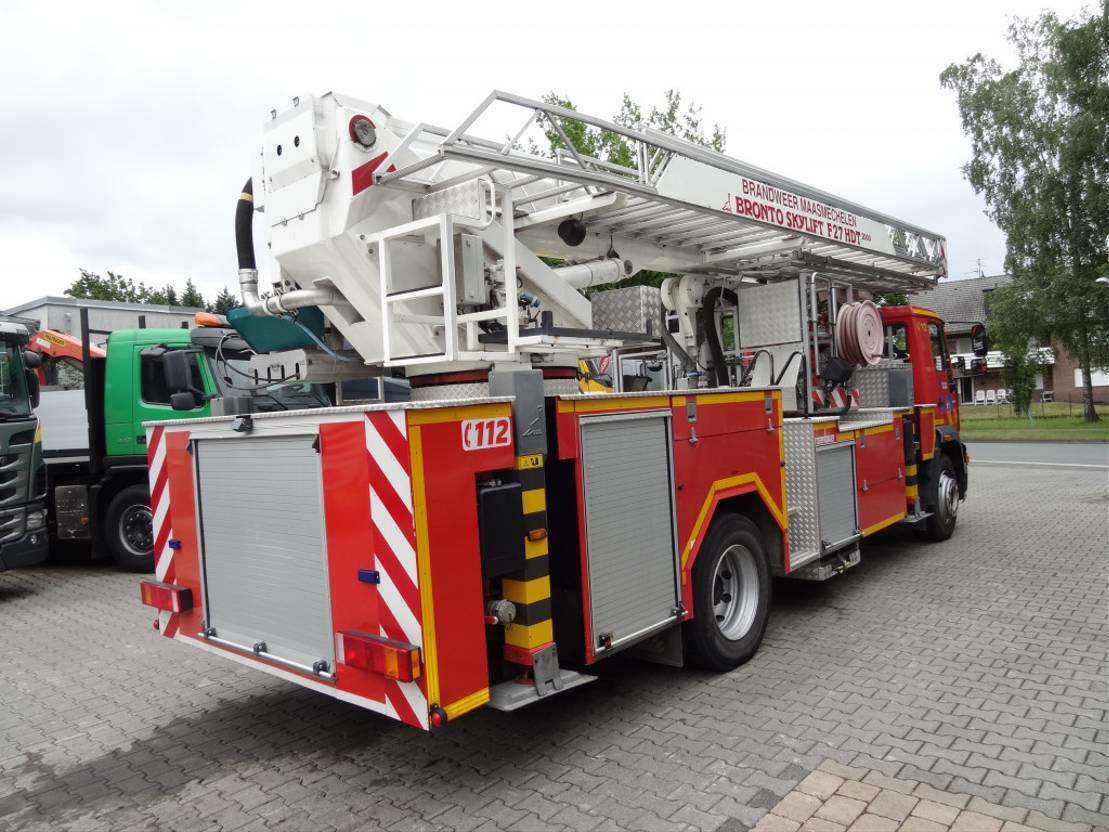 autohoogwerker vrachtwagen MAN 18.284 Bronto Skylift 27 Meter Feuerwehr 2000