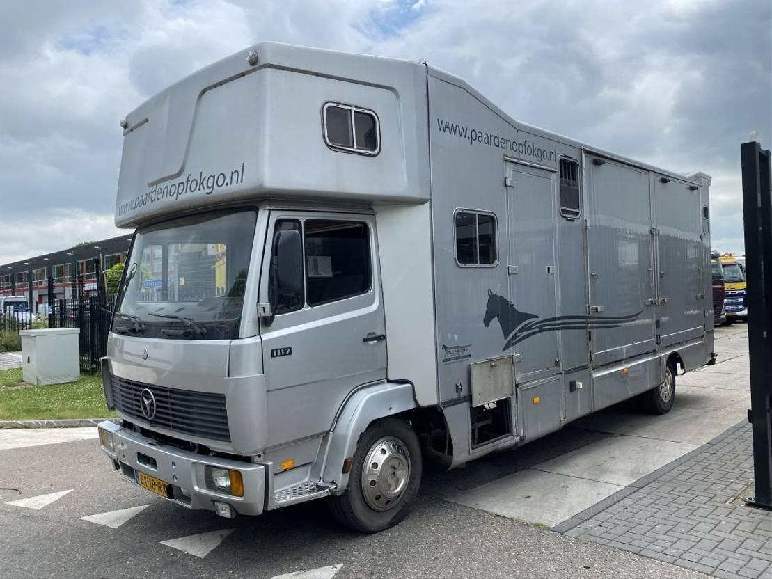 paardenvrachtwagen Mercedes-Benz ATEGO 1117 - 6 PAARDS 1987